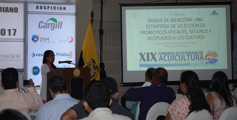 Blga. Cecilia Tomalá - CENAIM - Ecuador.jpg