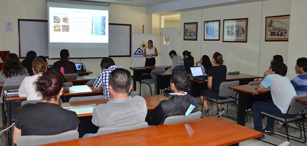 Estudiantes del ITSLAM de Manabí presentan Anteproyectos de Investigación